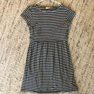 Gap short sleeve nursing dress, gray/white stripe